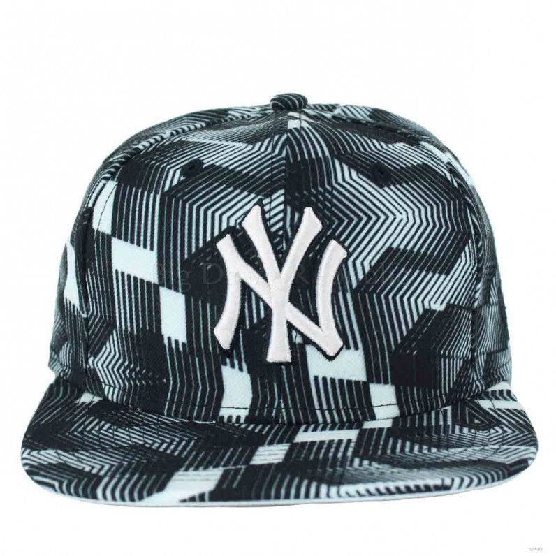 MLB 9Fifty Black & White NY New York Yankees Strapback