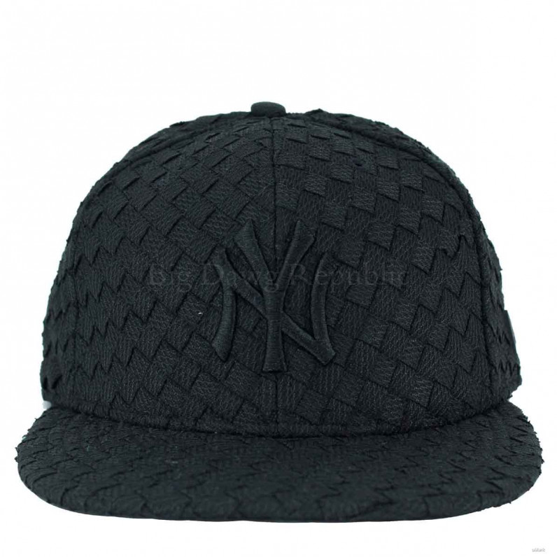 MLB 9Fifty NY New York Yankees All Over Woven Snapback Caps