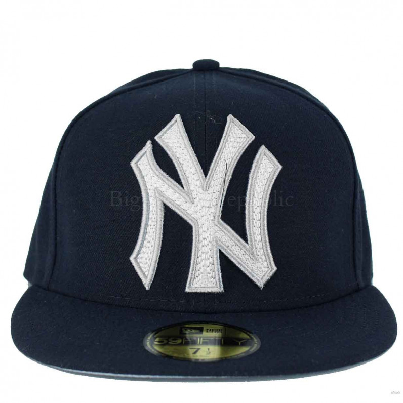 MLB 59Fifty Mighty Stitch NY New York Yankees Fitted Navy Cap